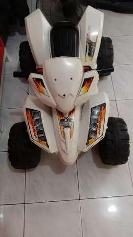 Motor aki 4 roda