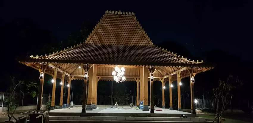 Jual Pendopo Joglo Rumah Joglo Kayu Jati Tumpangsari Ukir Soko  20cm l
