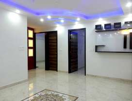 3bhk apartment top floor with roof