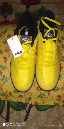Fila football shoe