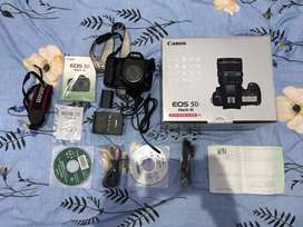 Canon Eos 5D III body only like new