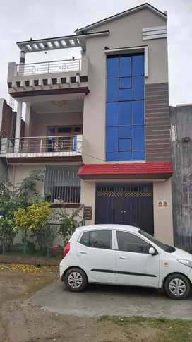 Well constructed house in Munshinagar