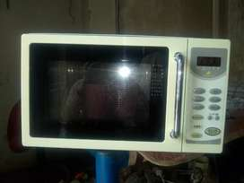 Japani perfect condition oven