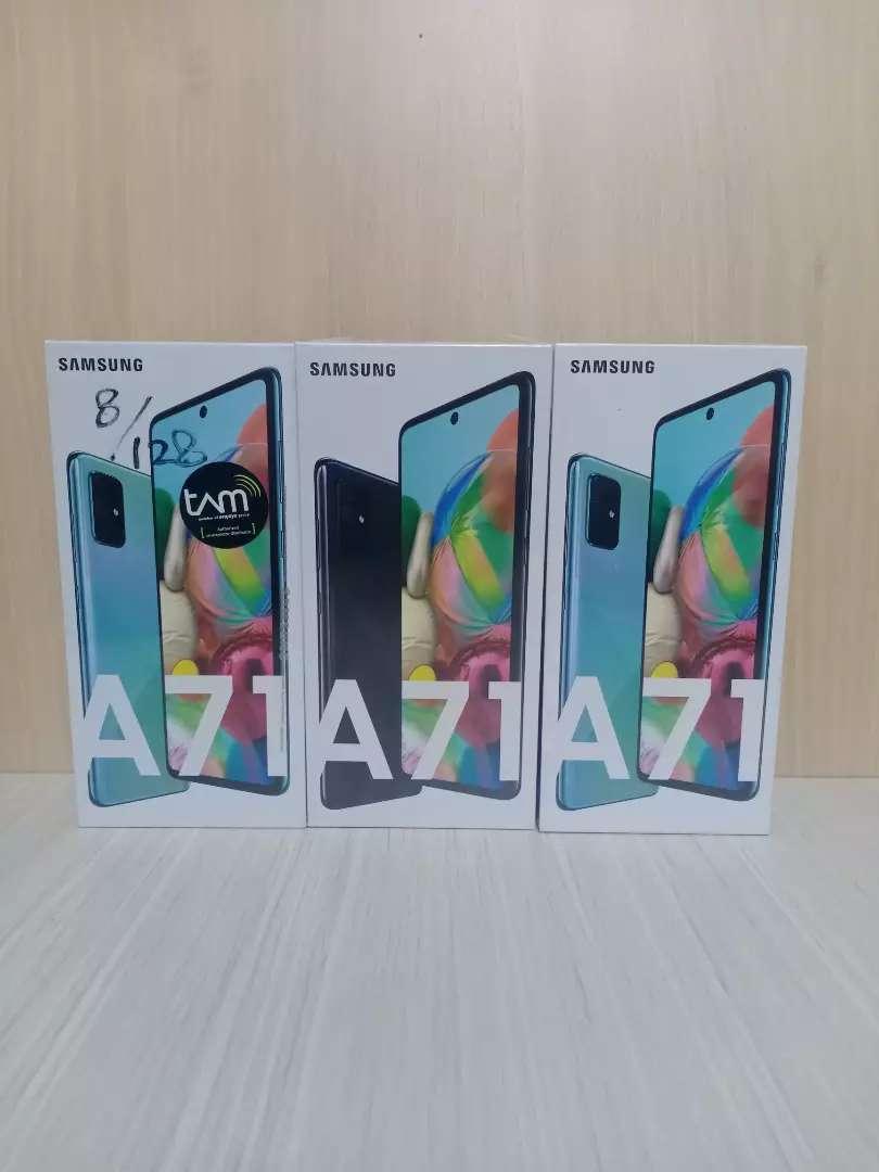 Under sale Samsung a71 ram 8/128gb