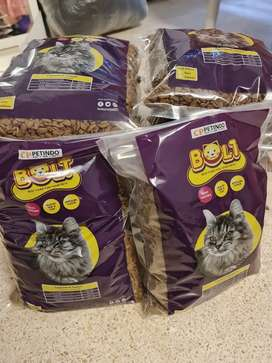 Bolt 1kg makanan kucing