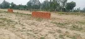 On sultanpur highway near gangaganj