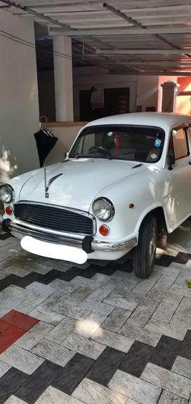 Hindustan Motors Ambassador 2002
