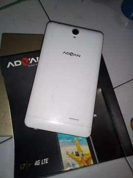 Tablet Advan i7 dua kartu 4G