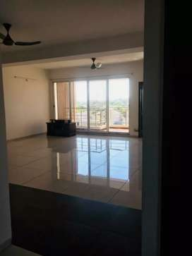 3 bhk newly constructed,  very spacious flat available on rent