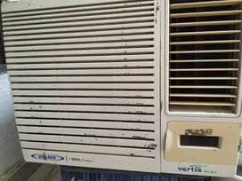 Voltus window 1 ton ac with 3 years old in good condition