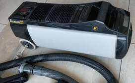 Eureka Forbes vaccum cleaner with all parts