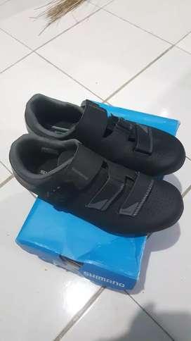 Sepatu Cleat shimano RP3