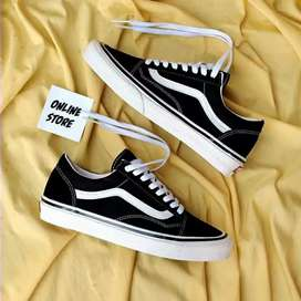 Promo sepatu VANS TERBARU(BAYAR DITEMPAT/COD)