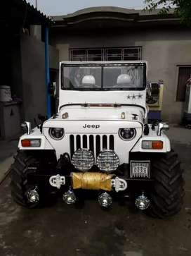 Angry bird willys jeep
