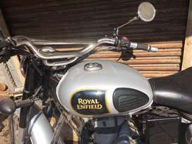 Bulet classic 350 fuel tank and madgard silver color
