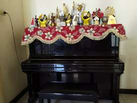 Piano Yamaha tipe U3 H