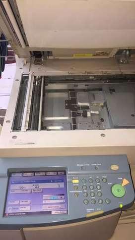 Canon Xerox machine ir3300