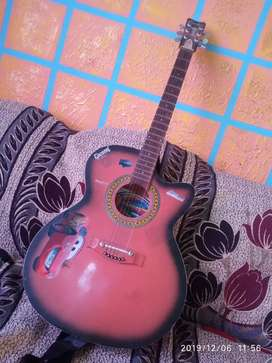 New guitter in best condition