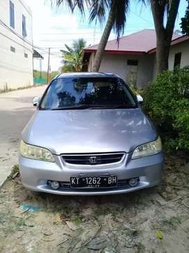 Sedan Honda Accord VTI-L thn 2000