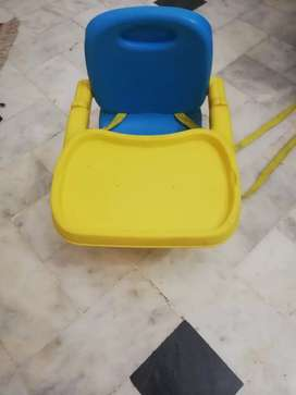 Baby feeding booster seat/high chair