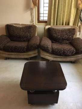 Sofa set + coffee table