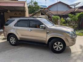 Toyota Fortuner 2005 Area Padang