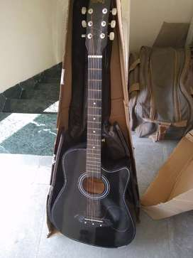 Gitar to be sold