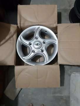 2011 modal Scorpio star alloy wheels for sell. In