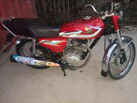 Honda 125 bike ha condition 10/10