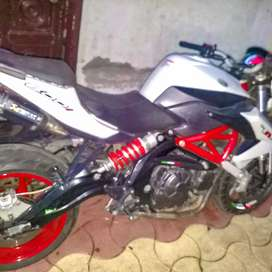 Benelli TNT 600i with Akrapovic exhaust