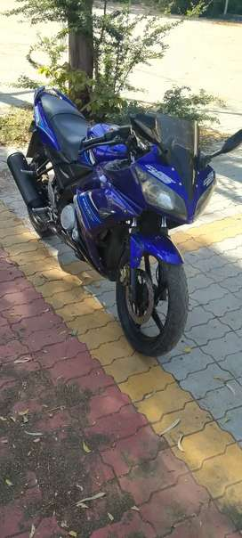 R15 showroom condition blue colour second owner