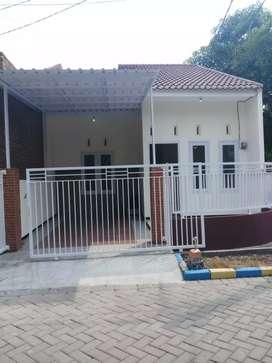 Rumah pojok Oma Pesona Buduran siap huni