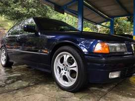 BMW E36 318i m43