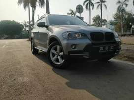X5  low km mint comdition