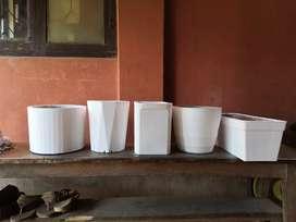 Flower pots for sale