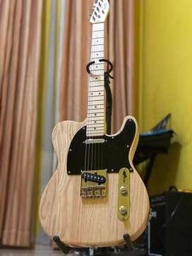 Gitar Listrik Fender Telecaster Custom