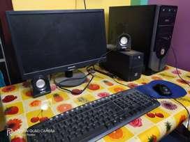Desktop with HP printer(fixed price)