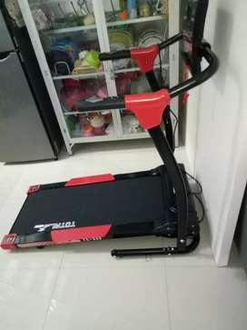 Treadmill elektrik total fitnes satu fungsi