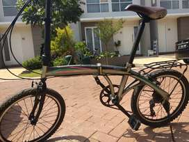 Sepeda lipat laux