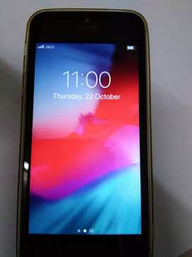 i phone 5S. in Excellent Condition