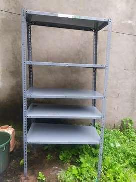 New rack in 6 feet