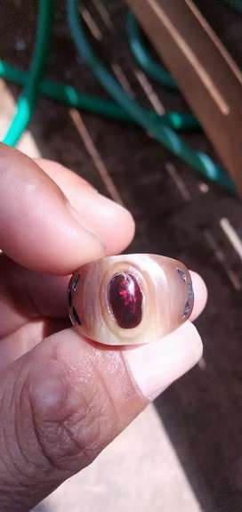Black opal kalimaya minion menyala
