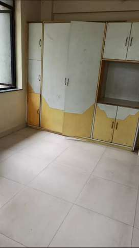 1 bhk rent 12k already 4 girls staying, spacious room. Rent 2400