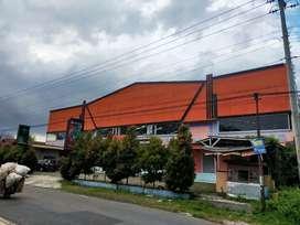 Disewakan bangunan komersial