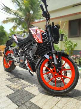Duke 125 abs for sale