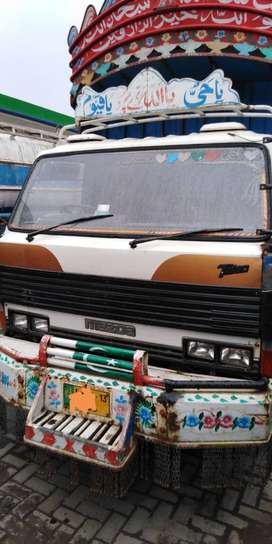 Very Fit Condition Mazda-3500 for sale