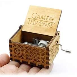 Kotak Musik Antik Wooden Music Box ADQ0194 - Game of Throne Engraving
