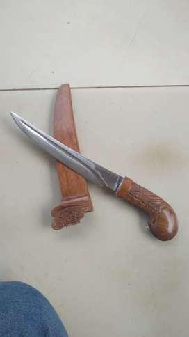 Dimaharkan wasi pisau