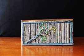 Kotak Tissue Tisu Lintingan Koran