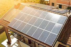 Canadian Solar 370 Watts, Available at Whole Sale Price.
